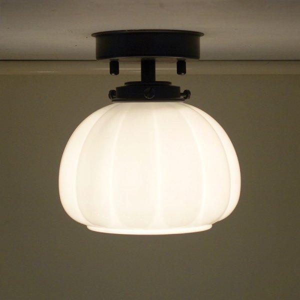 画像1: 直付け型ライト かぼちゃ型 乳白 (1)