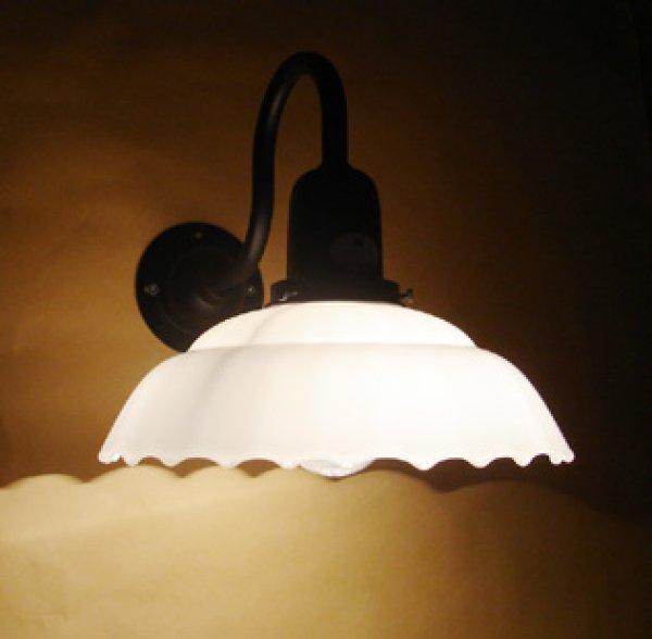 画像1: 9901ブラケットライト 乳白モールK (1)